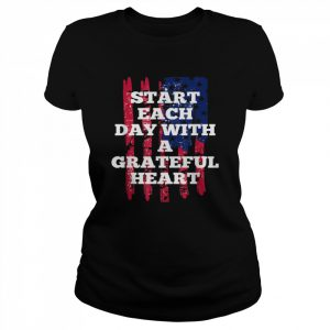 Start Each Day With A Grateful Heart Christmas  Classic Women's T-shirt